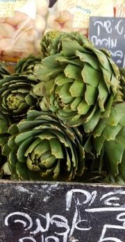 izraeli-konyha-articsok-akko-piac