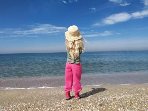 kislany-tengerpart-scaled
