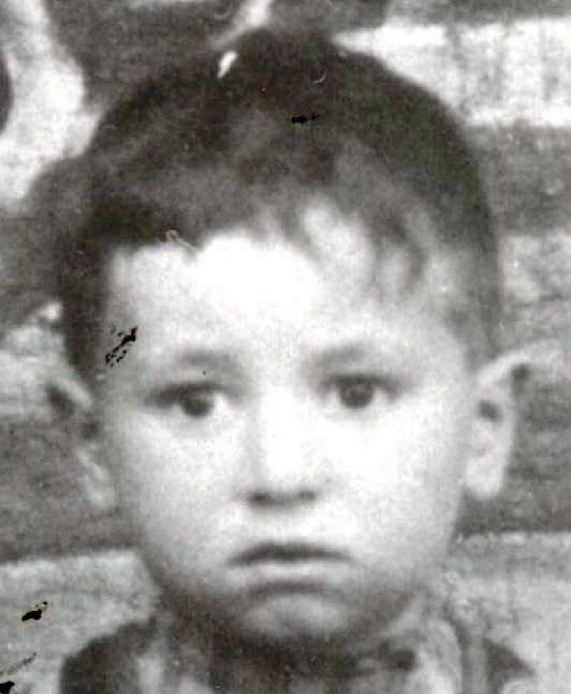 Simon Peresz kisgyermekkként még Lengyelországban. fotó: Shimon Peres Archives