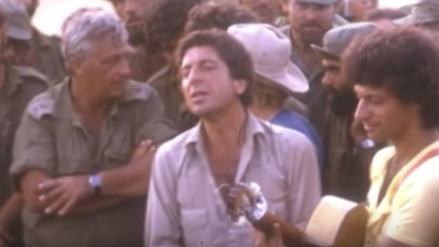 Leonard Cohen Israelben a jom kippuri háborúban katonáknak zenél fotó: youtube
