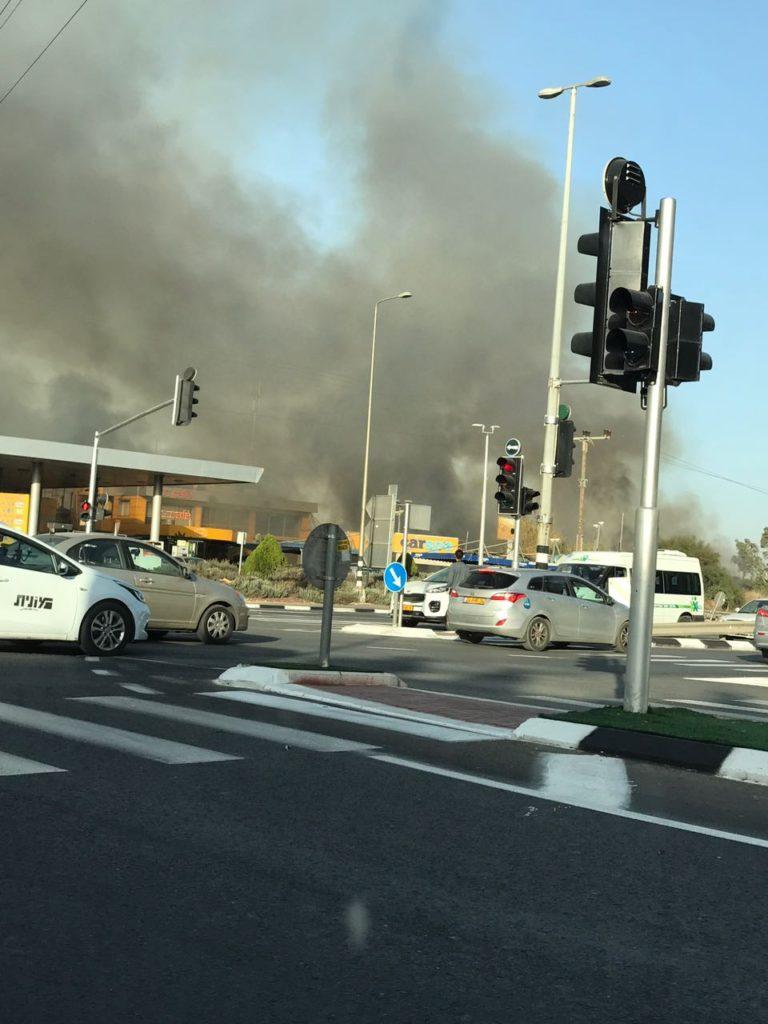 Tűz Jehud közelében - fotó: Krisztina Politzer Maymon