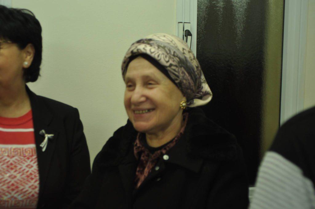 A Krechenev admor felesége a nők körében