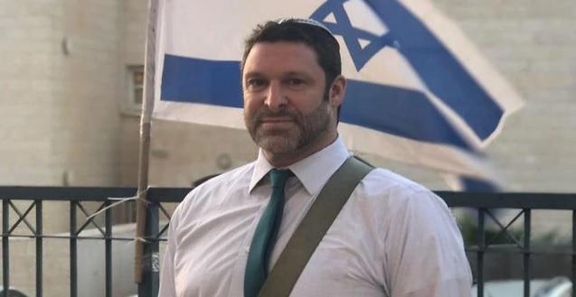 Késes merénylet Ciszjordániában