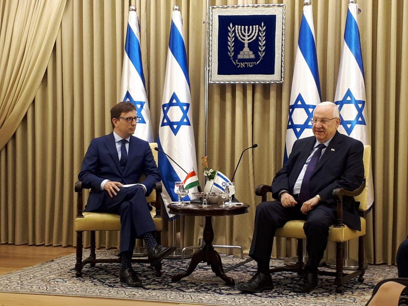 benko levente izraeli magyar nagykovet es reuven livlin1