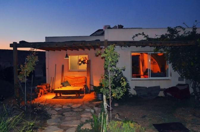 airbnb ciszjordaniaban haz telep