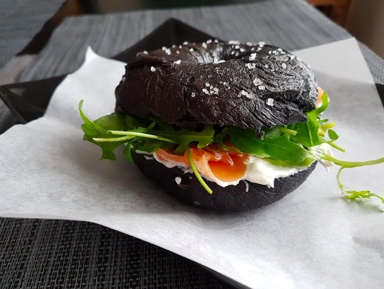 LiorLiliana-black-bagel
