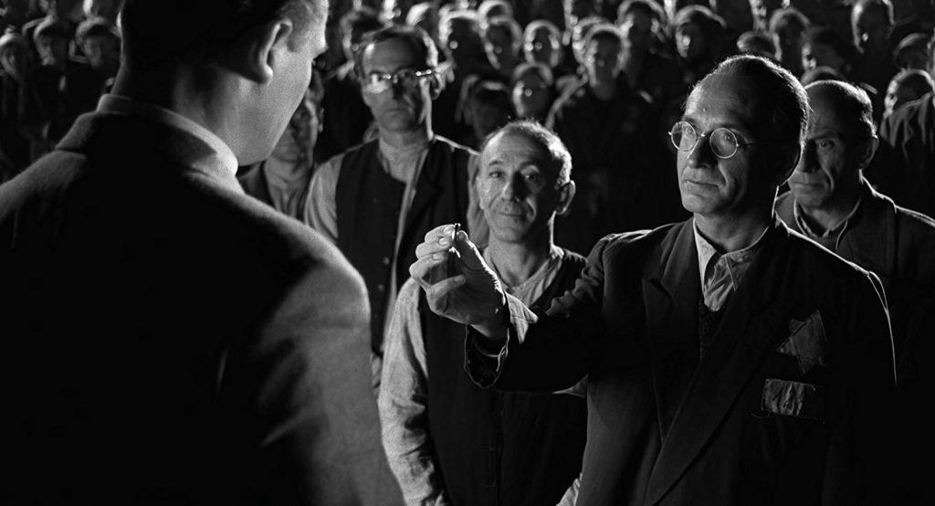 Ezra Dagan a Schindler listája egyik jelenetében