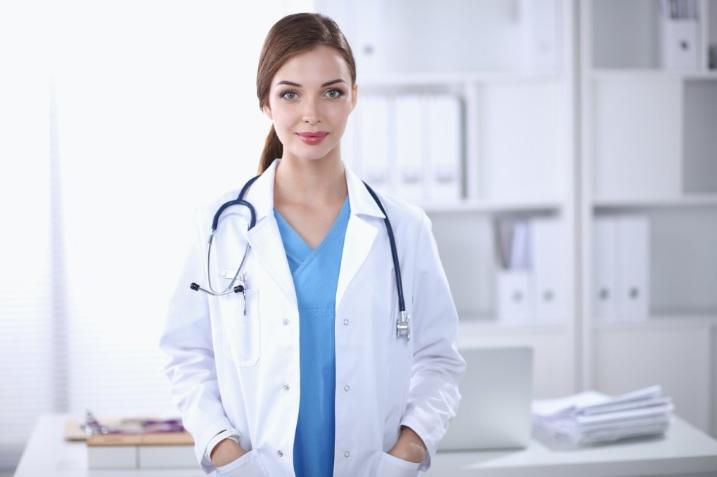 Doktornénis