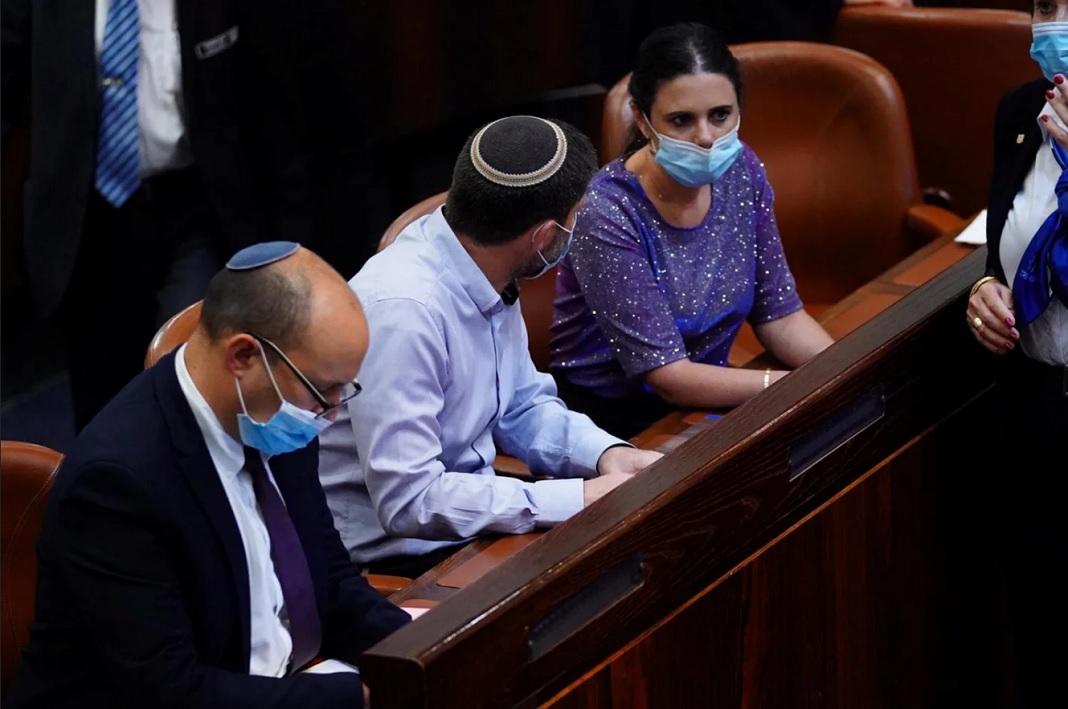 1335 új fertőzött • Mégsem kell kikapcsolni a klímát a buszokon • Netanjahu újabb fiaskót szenvedett